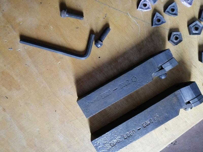 Метчики плашки метчико, плашкодержатели резцы