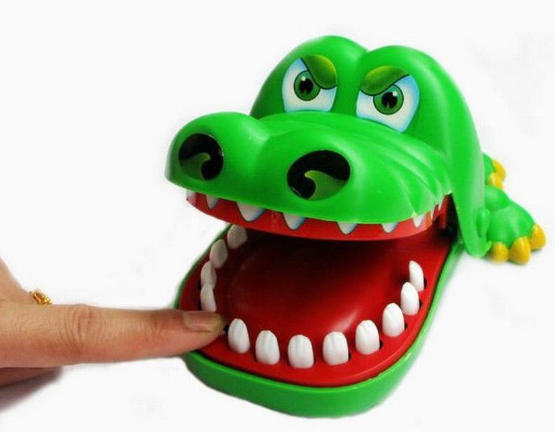 Игра - дантист для крокодила.