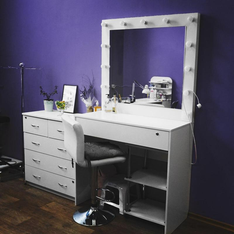 Туалетный стол/ стол визажиста для салонов красоты - Фото 2