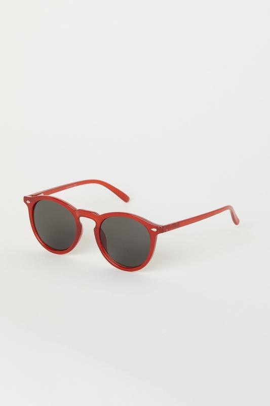 Красные солнцезащитные очки h&m !