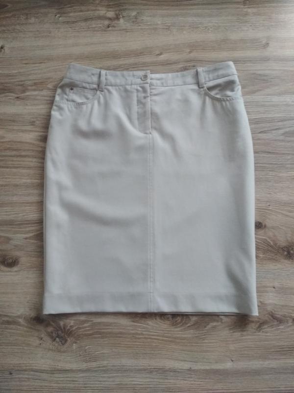 Шерстяная юбка карандаш от akris punto