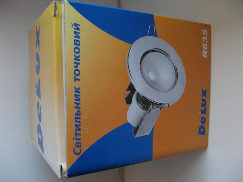 Точечный светильник DELUX R63S золото