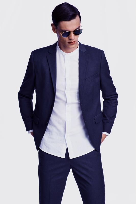 Однобортный синий пиджак h&m , slim fit !