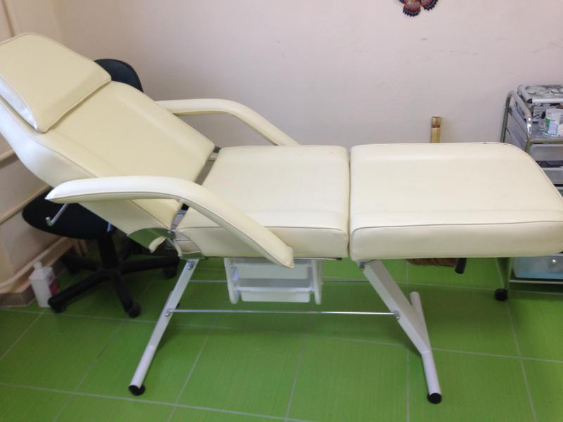 Косметологічну крісло кушетку