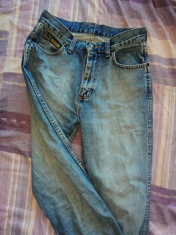 Голубые джинсы на высокой посадке - Фото 2