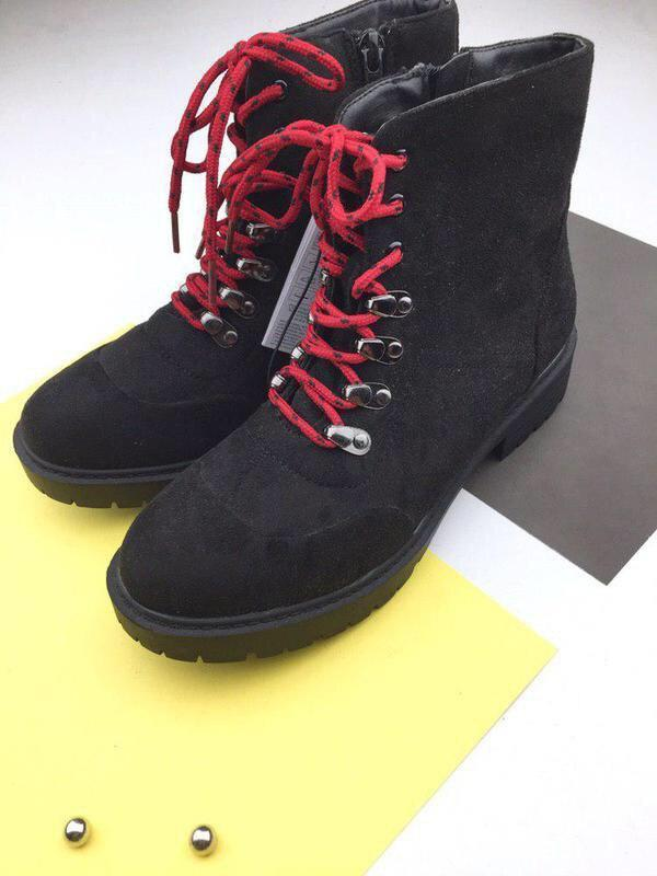 Стильные ботинки на шнуровке sinsay - Фото 2