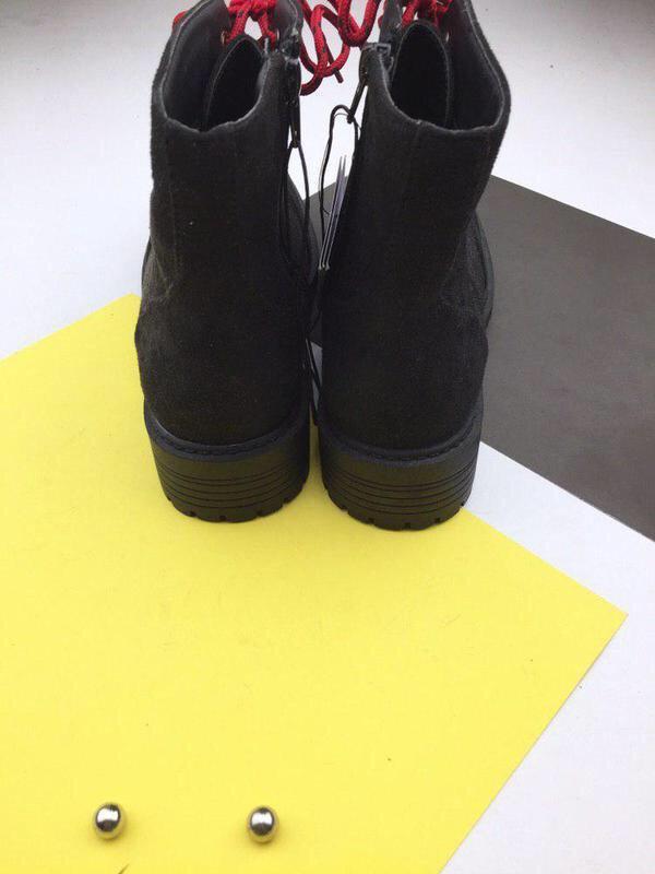 Стильные ботинки на шнуровке sinsay - Фото 5