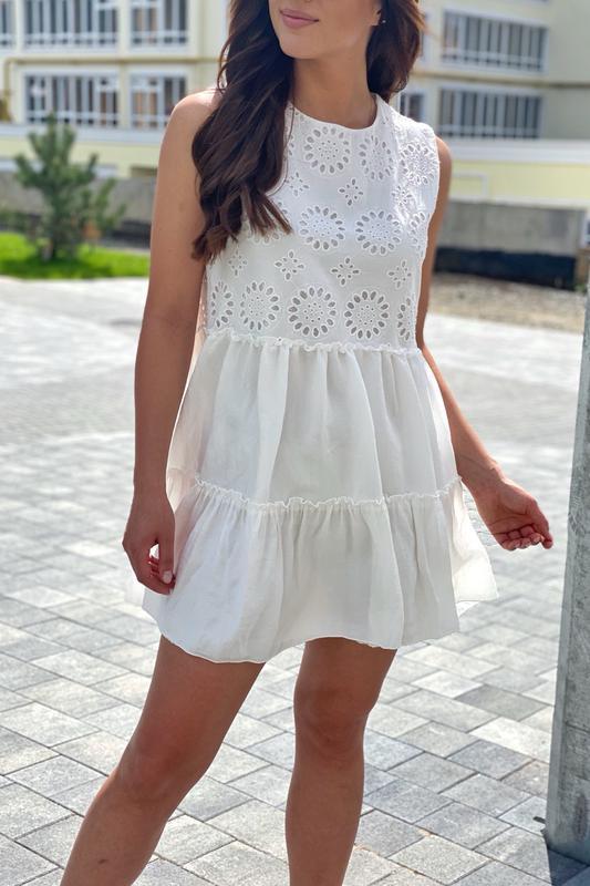 Летнее женское платье с вышивкой ришелье - Фото 4