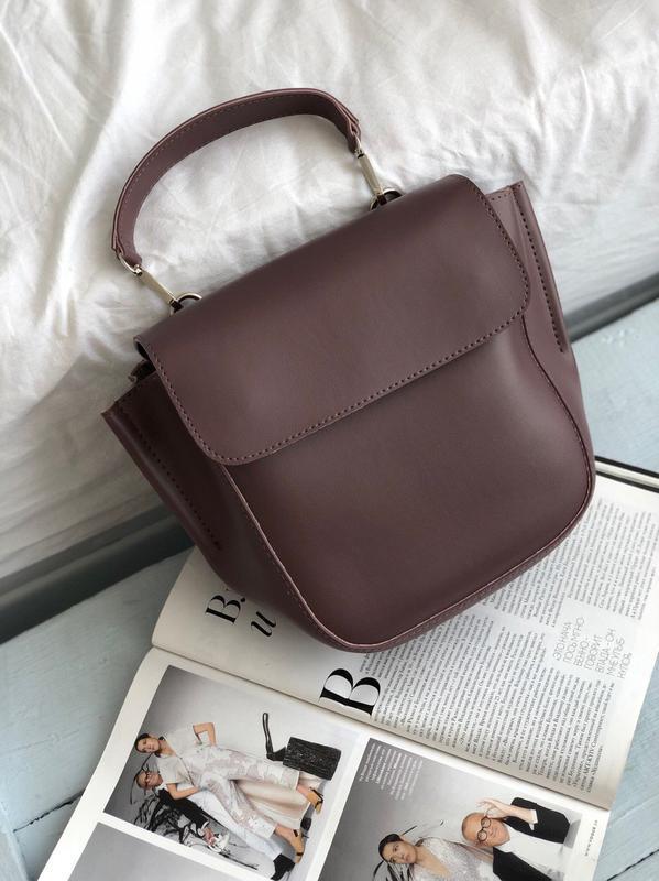 Нова модель сумочки в еко шкірі