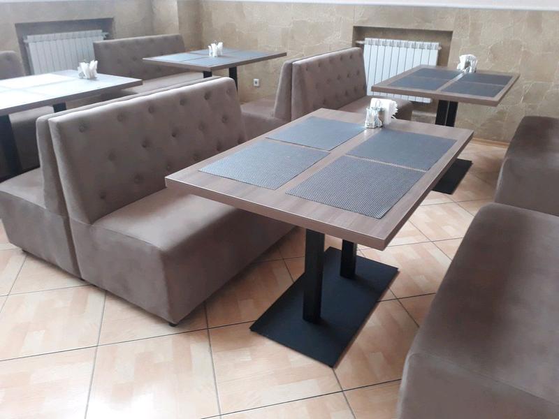Столи в кафе, бари, ресторани