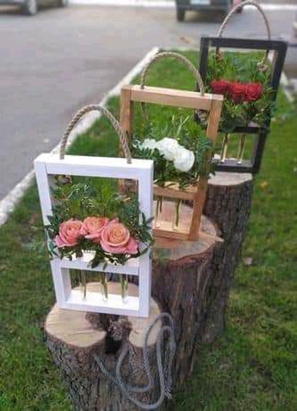 Декоративная рамка для цветов на 3 колбы