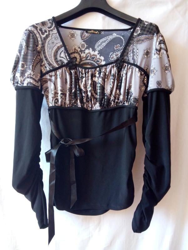 Осіння блуза з довгим рукавом