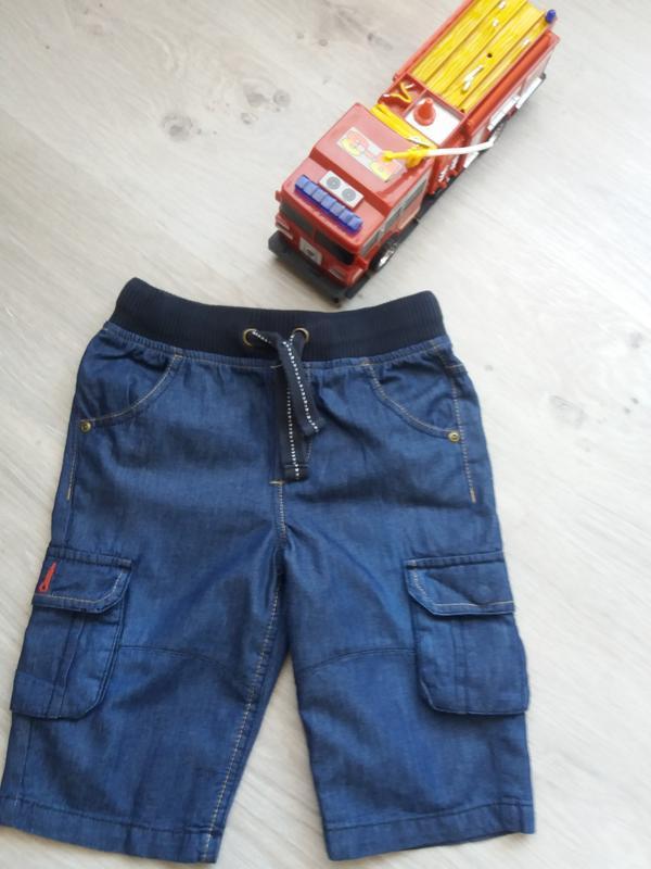 Стильные джинсовые шорты. размер 122см. на 6-7 лет