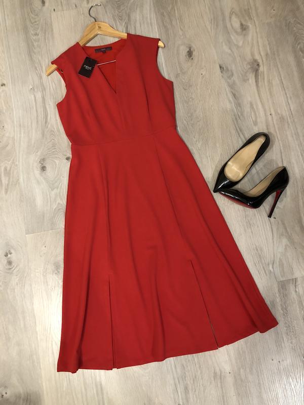 Очень стильное и элегантное платье, красное платье, красиво де...