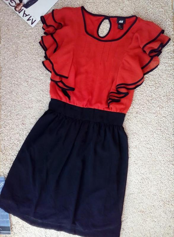 H&m актуальное шифоновое платье с воланами/тренд xs-s