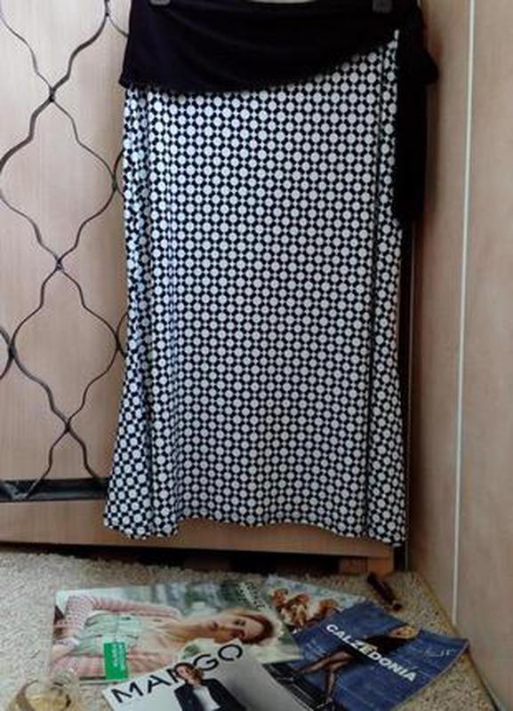 Carole little aсимметричная юбка миди с бантом, монохромный принт