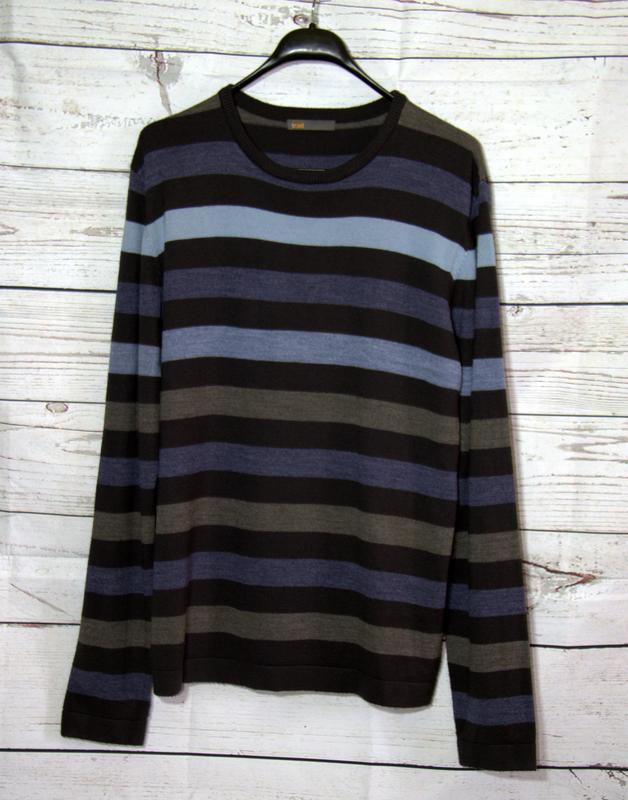 Шикарный мужской свитер  large