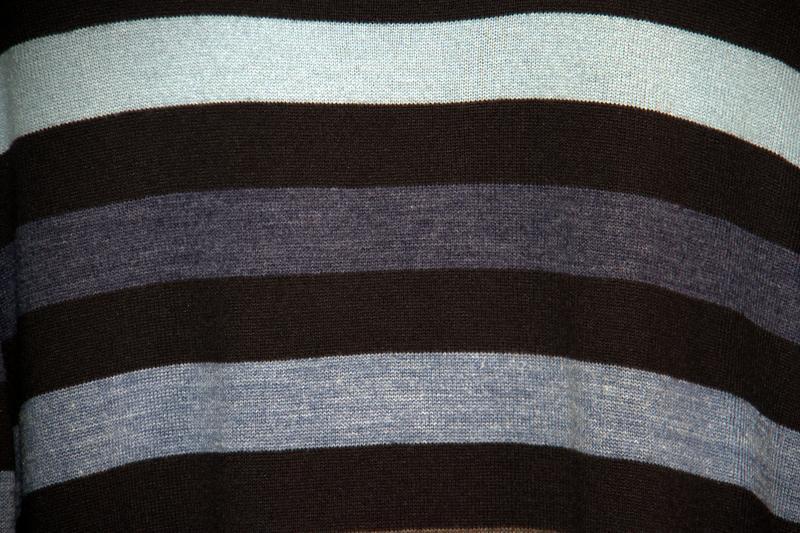 Шикарный мужской свитер  large - Фото 4