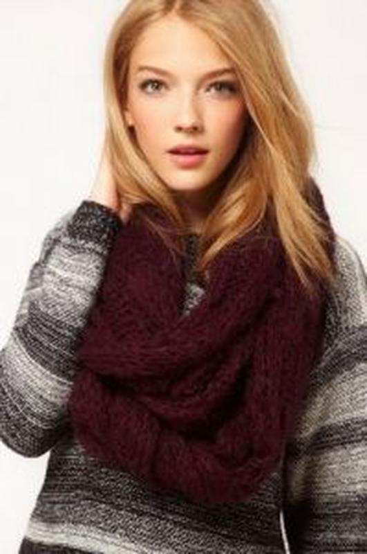 Теплый вязанный шарф-хомут снуд