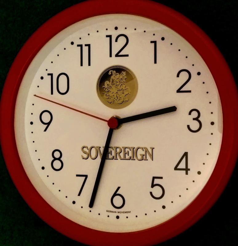 Настенные часы SOVEREIGN, Германия.