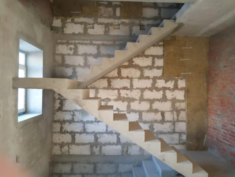 Лестница из Бетона под ключ • Бетонная монолитная лестница • - Фото 5
