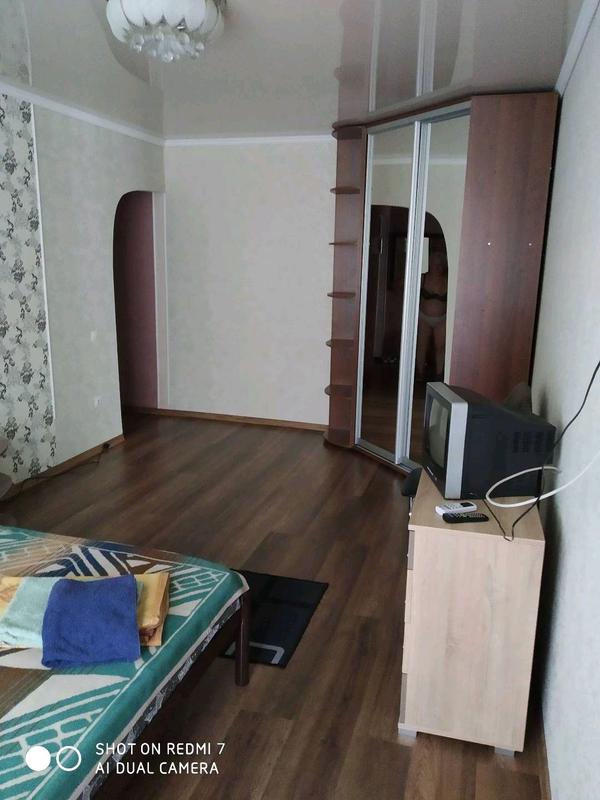 Сдам однокомнатную квартиру с евроремонтом ,в центре города. - Фото 4
