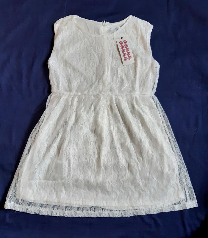 Летнее нарядное гипюровое кружевное белое платье