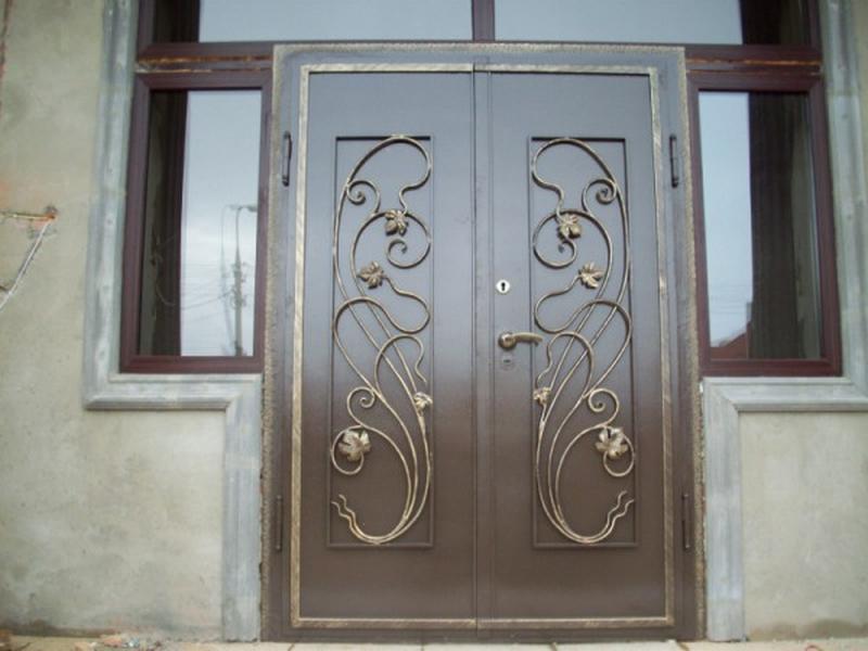 Кованные двери на заказ в Николаеве и Николаевской обл.