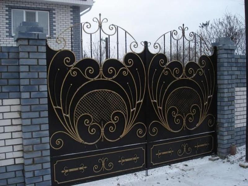Кованные ворота на заказ в Николаеве и области.