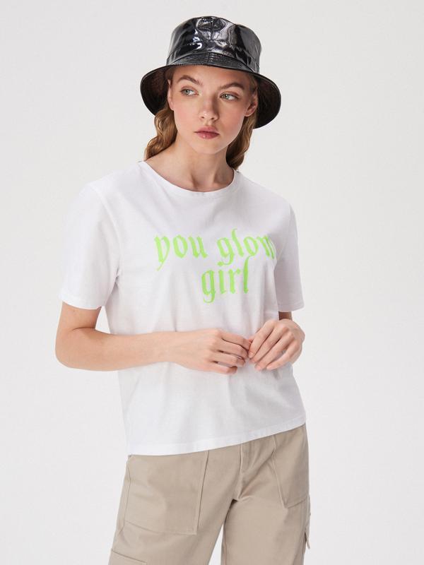 Новая широкая белая футболка польша принт надпись you glow gir...
