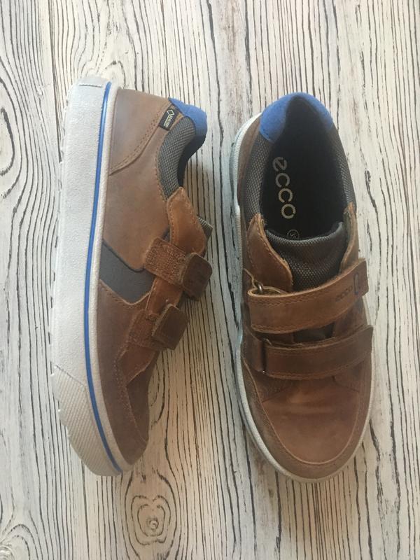 Ecco туфли новые на мальчика 35 р