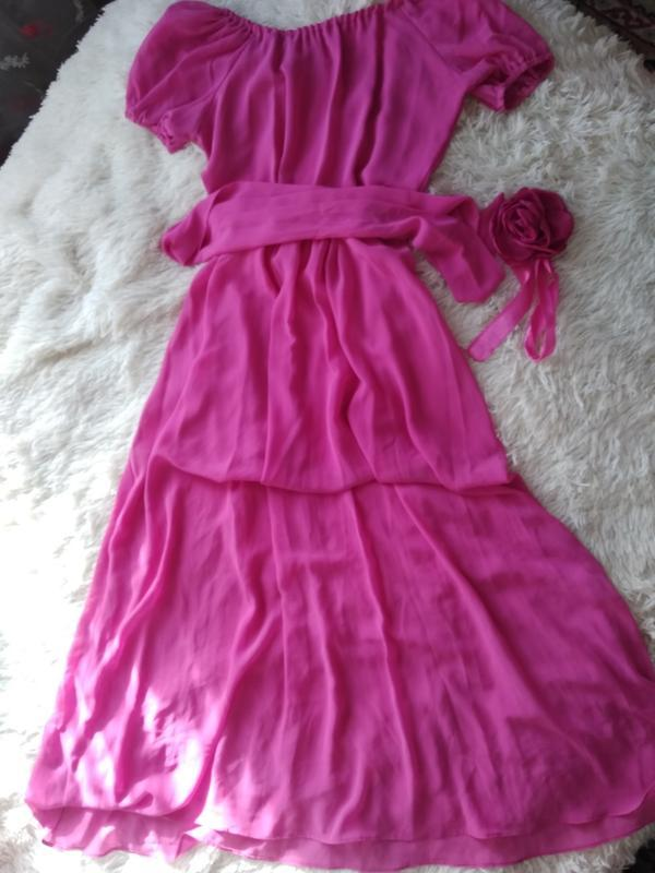 Шикарное шифоновое малиновое платье