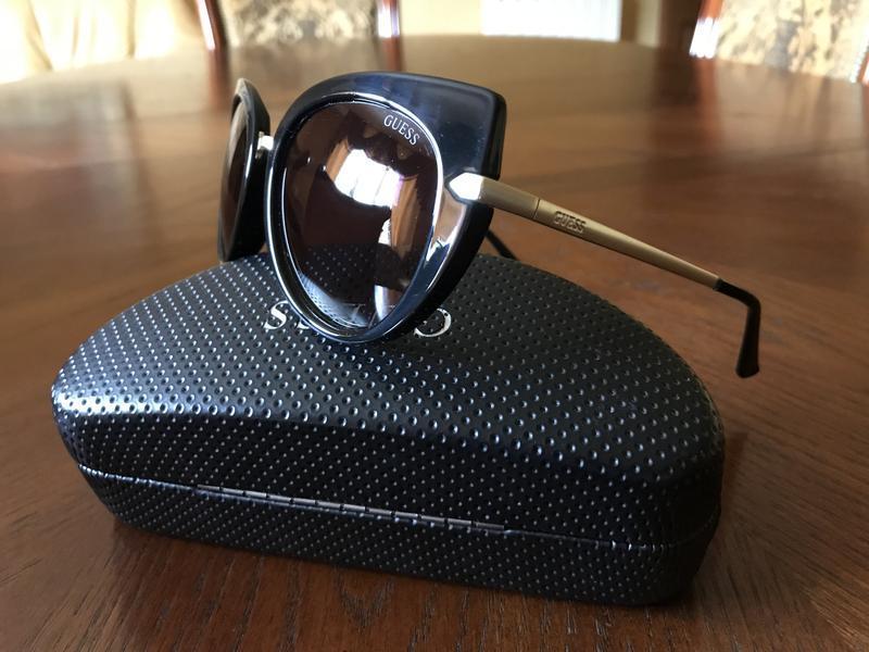 Солнцезащитные очки guess - Фото 3