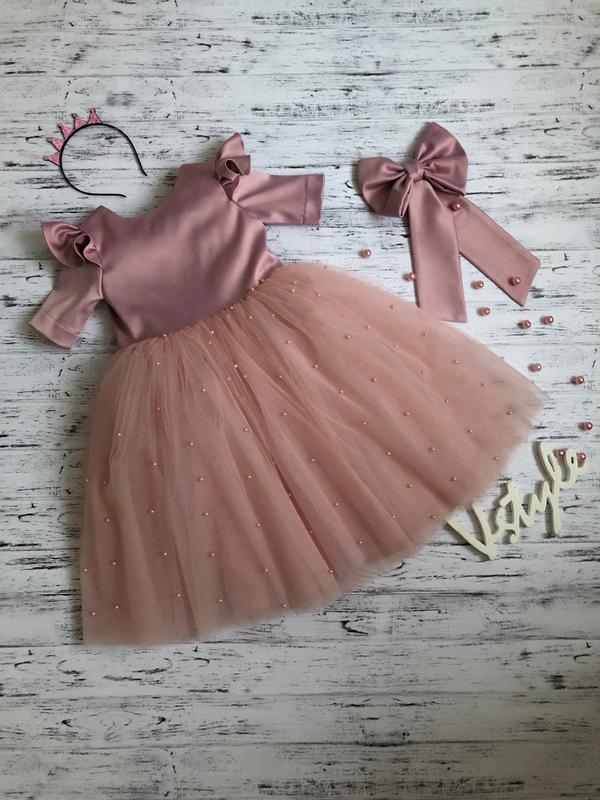 Платье с крылышками для девочки