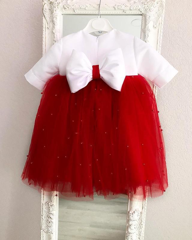 Платье с бусинами для девочки