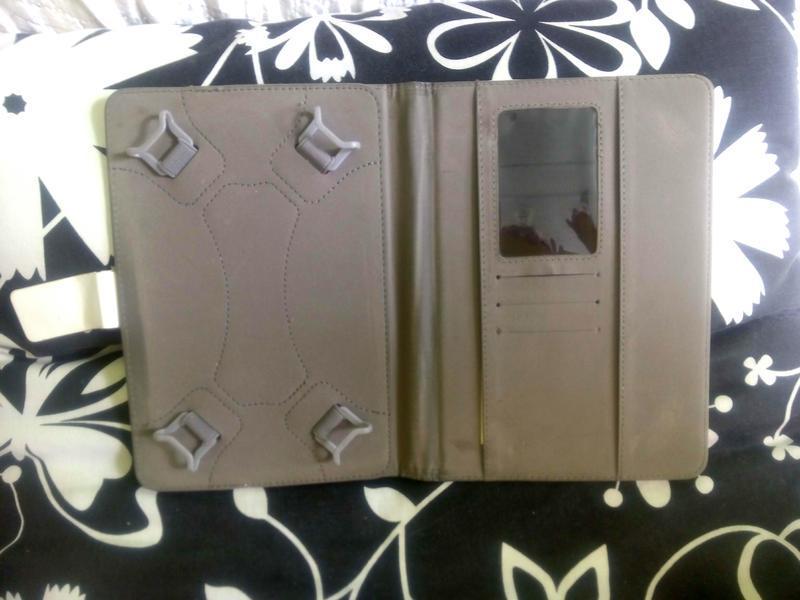 """Белый чехол -книжка для планшета 7"""" - Фото 2"""