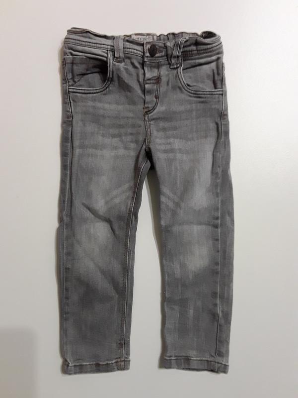 Фирменные джинсы 3-4 года
