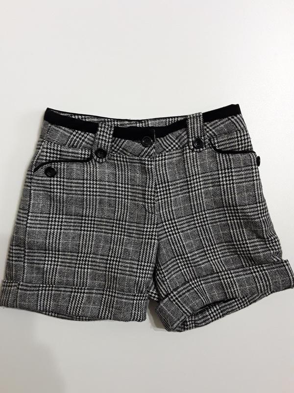 Фирменные теплые шорты 10-12 лет