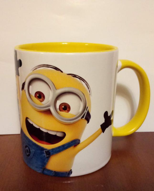 Чашка керамическая с принтом миньоны