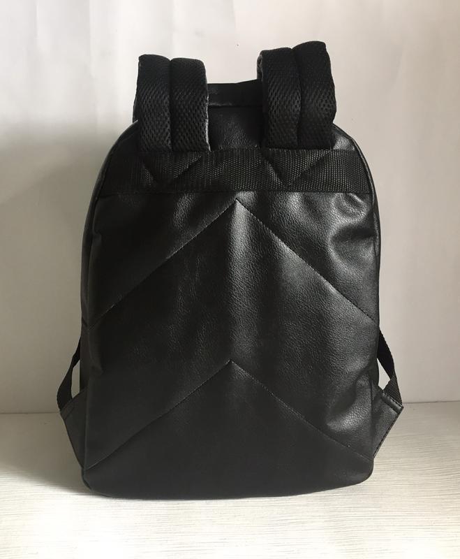 Городской рюкзак из экокожи черный - Фото 3