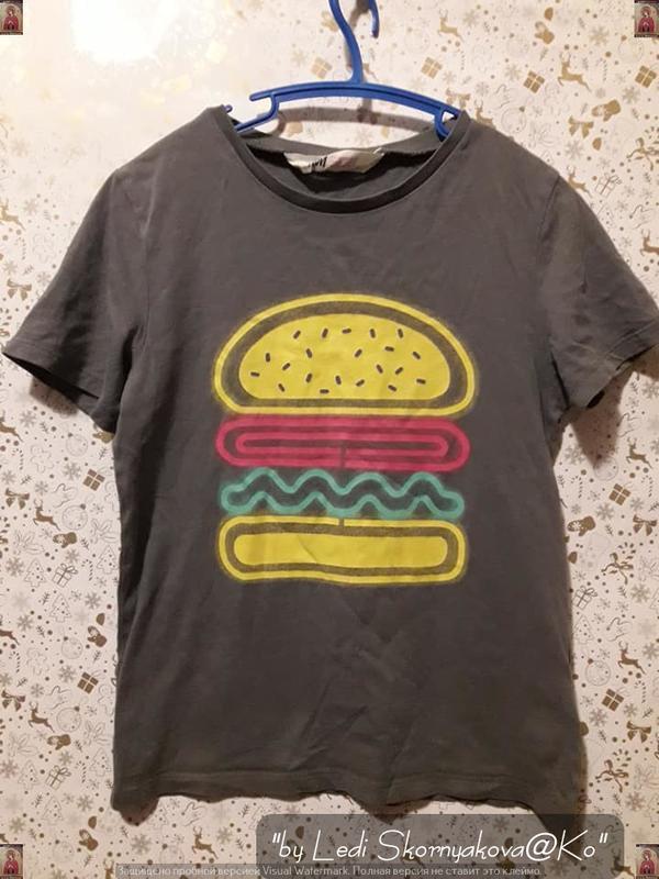 """Фирменная h&m красивая футболка цвета хаки с принтом """"бургер"""",..."""