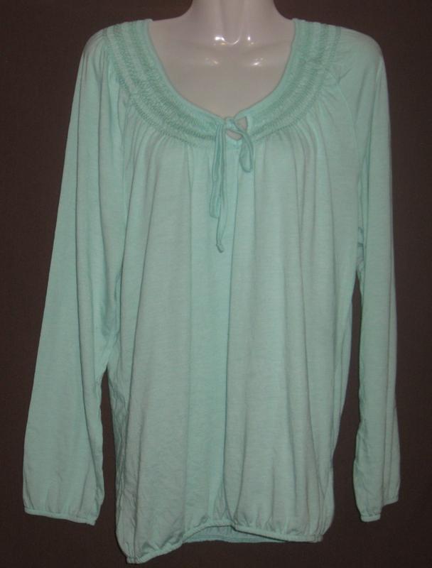 Блузка женская с длинным рукавом. Дешево ПОГ – 54 см, тянется рез