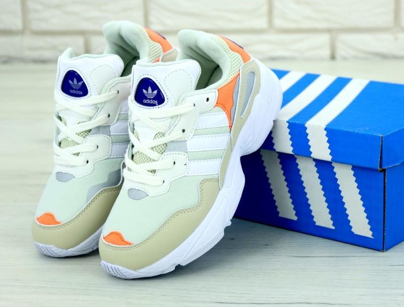 Бомбезные кроссовки 💪 adias yung-96 white beige 💪