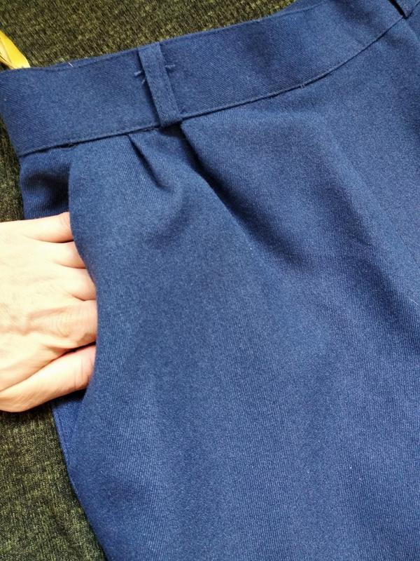 Классическая юбка спідниця миди с встречной складкой и карманами - Фото 4