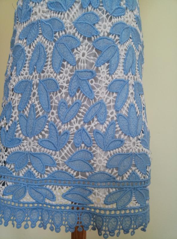 Классное брендовое гипюровое платье - Фото 3