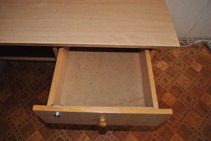 Продам компьютерные столы - Фото 2