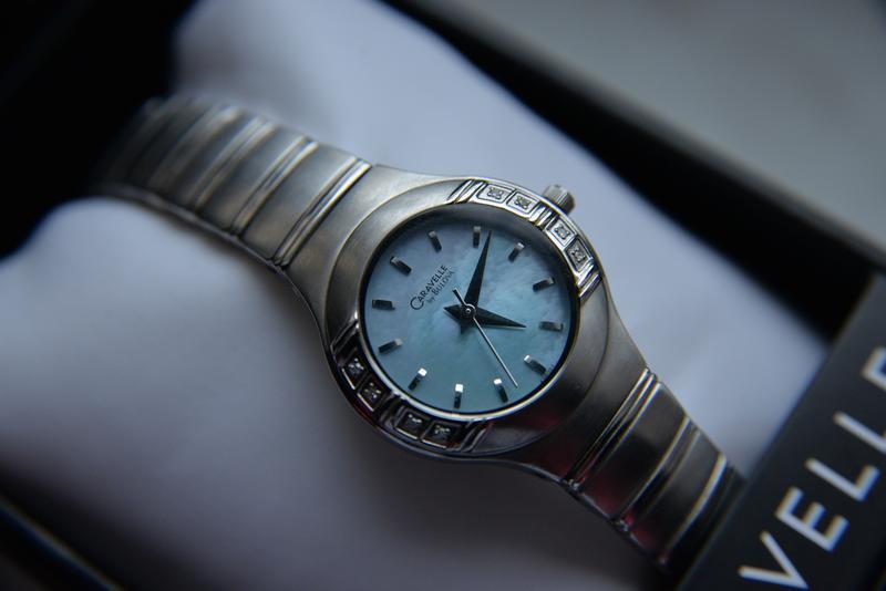 Бриллианты! женские часы c бриллиантами caravelle by bulova пе...