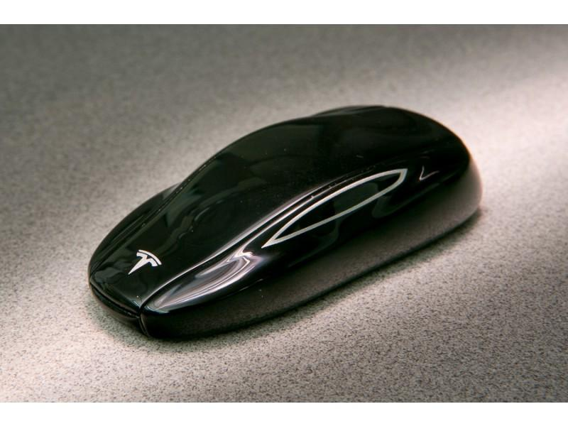 Прошивка ключей для Tesla model S