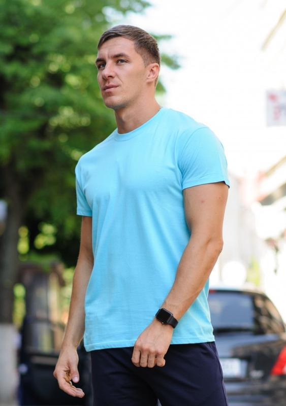 Бирюзовая мужская футболка