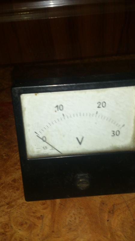 вольтметр постоянного напряжения 30 В
